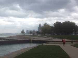As it begins to rain I cut over to Lincoln Park.
