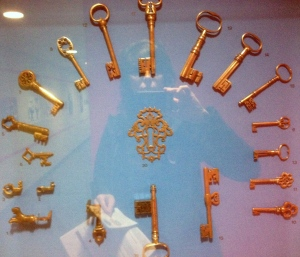 Theses were super interesting. In keeping with LUMA's emphasis With an emphasis on Medieval, Renaissance,  and Baroque works, here the evolution of keys during these times.