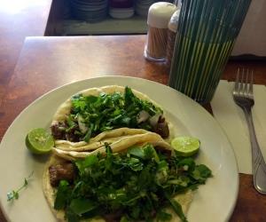 Fresh papaya juice and carne asada tacos! YUM AND YUM!!!