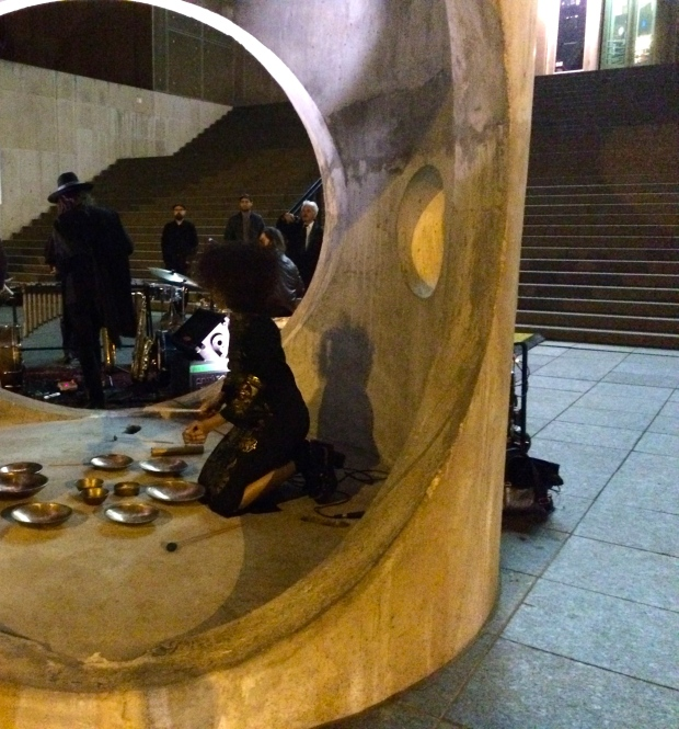 Wild Belle plays tunes inside the plaza's temporary sculpture, The Figurehead by sculptor Alexandre da Cunha.